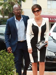 Kris Jenner stepped out in La Jolla wearing a pair of wayfarer sunglasses.