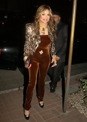 La Toya sparkled in a structured sequined jacket.
