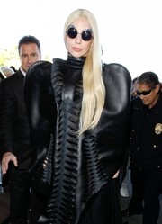 Lady Gaga's sunglasses look like they have cat ears. Cute!