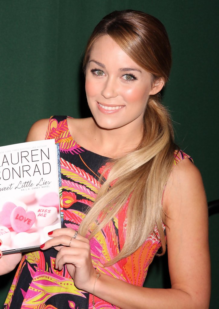 Lauren+Conrad in Lauren Conrad Signing Copies Of 'Sweet Little Lies'