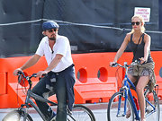 Leonardo DiCaprio tried to go incognito with a blue ivy cap, a pair of shades, and a beard while biking in New York City.