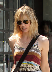 Leslie Bibb kept it fresh and fearless in these rocker-like pair of shades.