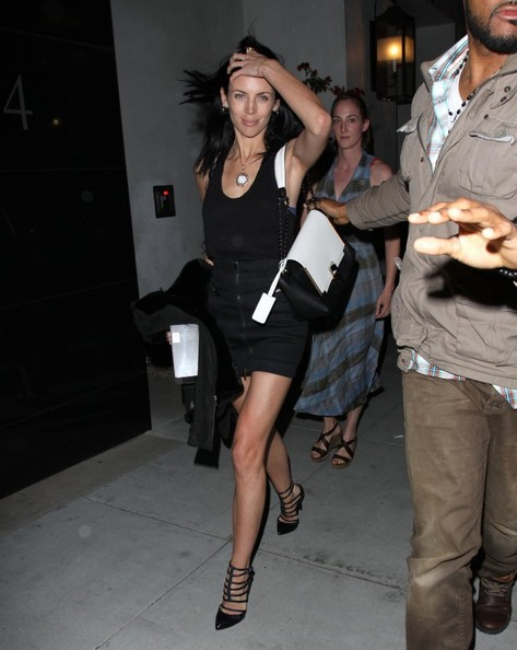 More Pics of Liberty Ross Mini Skirt (4 of 8) - Liberty Ross Lookbook - StyleBistro