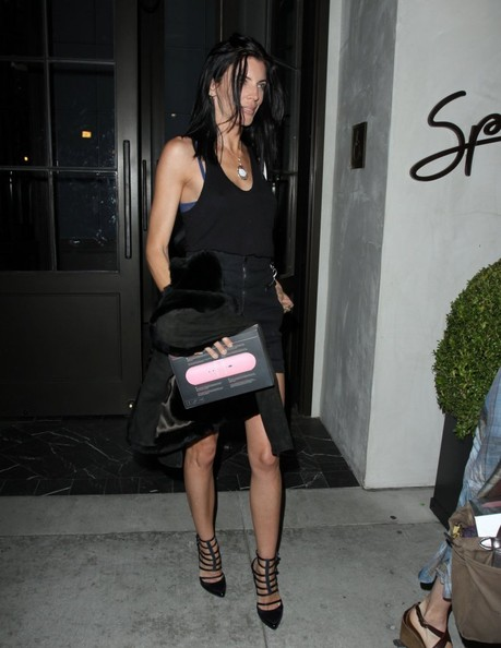 More Pics of Liberty Ross Mini Skirt (5 of 8) - Liberty Ross Lookbook - StyleBistro