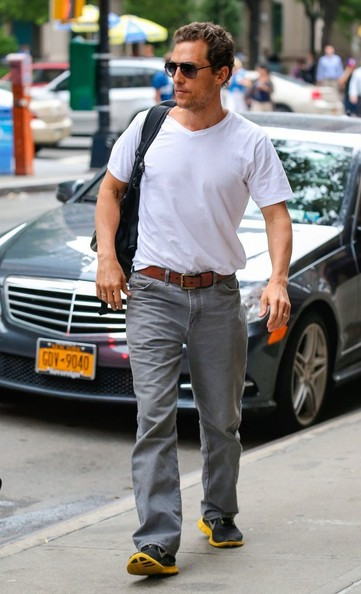 A pair of classic gray jeans kept Matthew's look casual and relaxed.
