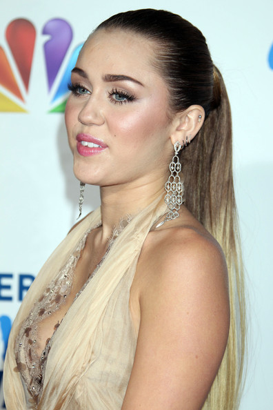 Miley Cyrus Diamond Chandelier Earrings