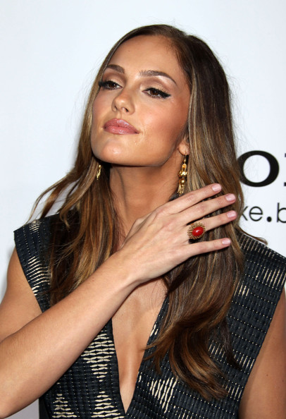 Minka Kelly Metallic Eyeshadow