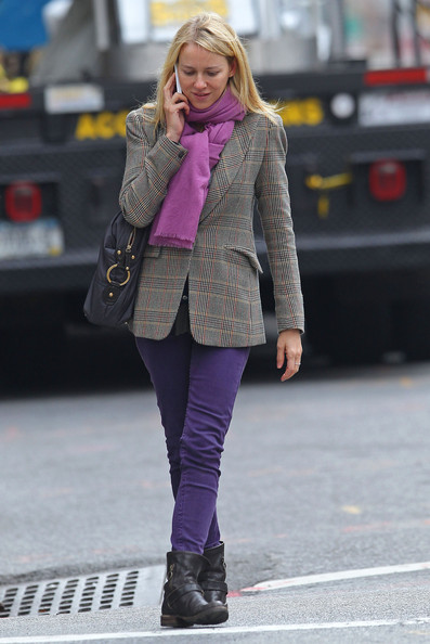 More Pics of Naomi Watts Flat Boots (1 of 10) - Naomi Watts Lookbook - StyleBistro