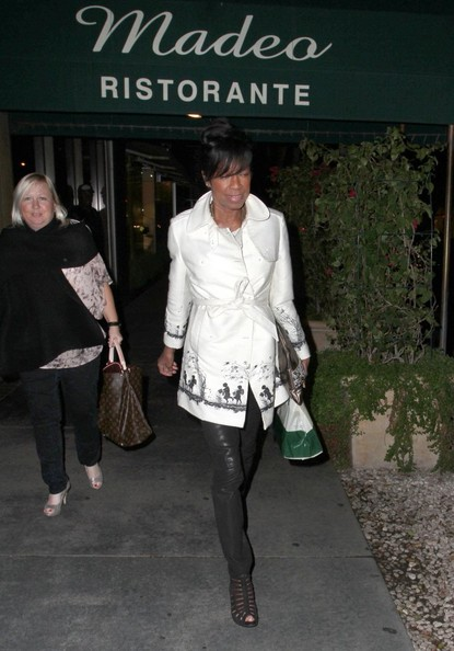 More Pics of Natalie Cole Trenchcoat (1 of 8) - Trenchcoat Lookbook - StyleBistro