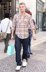 Nick Carter paired his casual outfit with a pair of classic Air Jordon's while out in Beverly Hills.