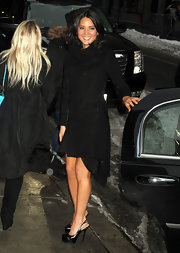 Olivia Munn braved the cold in black platform slingbacks, sans tights.