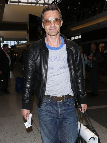 More Pics of Olivier Martinez Classic Jeans (2 of 18) - Jeans Lookbook - StyleBistro
