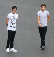 Zayn Malik was spotted in a pair of sparkling white Nike Air Force 1's.