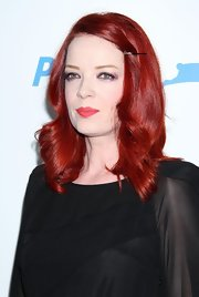 Shirley Manson stood out with her bright red hair in shoulder-length curls.