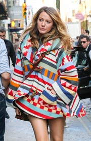 Blake Lively covered up in an oversized printed coat on a New York shopping trip