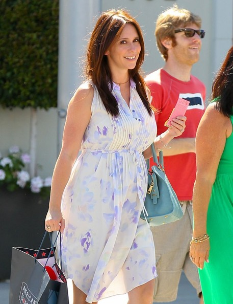 More Pics of Jennifer Love Hewitt Maternity Dress (1 of 33) - Maternity Dress Lookbook - StyleBistro