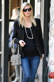 Nicky Hilton's layered pearl necklace added a touch of classic elegance to her casual attire.