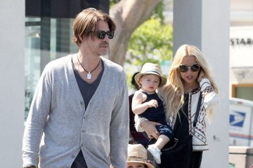 Rachel Zoe Rodger Berman Rachel Zoe And Family Stop To Get Froyo
