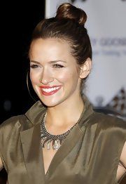 Shantel VanSanten showed off one of the hottest hairstyles of the season, the high bun.