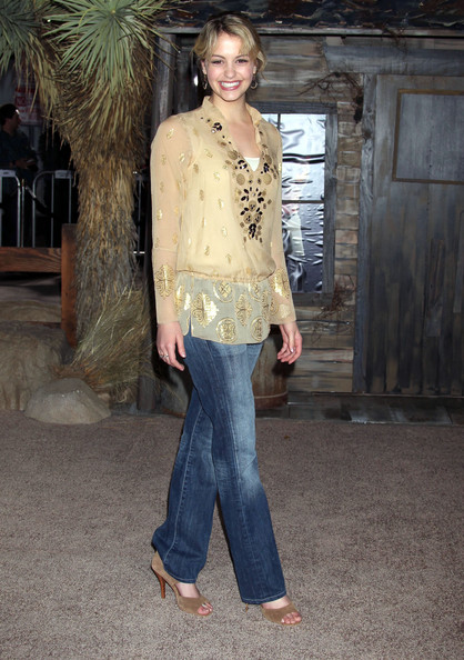 Gage went with a suede open-toe shoe to complete her look.