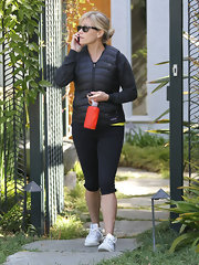 Reese Witherspoon got her fitness on in a pair of cropped black stretch pants.