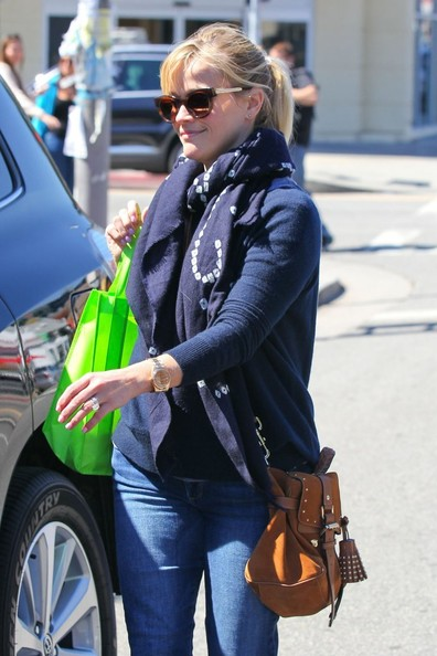 More Pics of Reese Witherspoon Patterned Scarf (1 of 25) - Reese Witherspoon Lookbook - StyleBistro