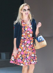 Reese Witherspoon geared up for a sunny day with a pair of cool round shades.