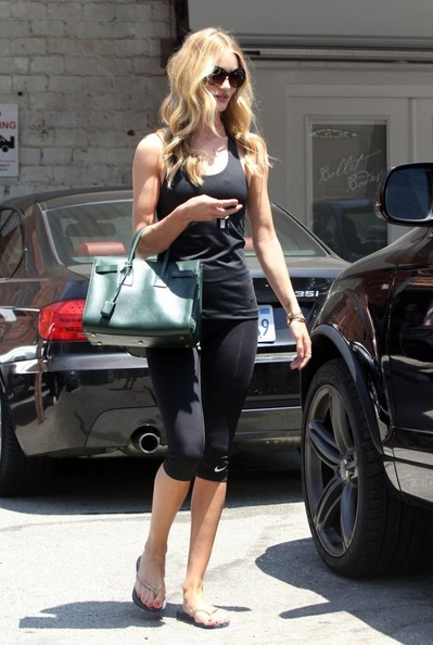 More Pics of Rosie Huntington-Whiteley Leather Tote (1 of 9) - Rosie Huntington-Whiteley Lookbook - StyleBistro