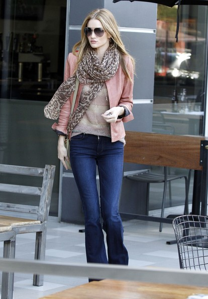 More Pics of Rosie Huntington-Whiteley Patterned Scarf (3 of 8) - Rosie Huntington-Whiteley Lookbook - StyleBistro
