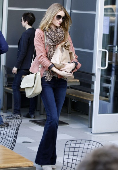 More Pics of Rosie Huntington-Whiteley Patterned Scarf (1 of 8) - Rosie Huntington-Whiteley Lookbook - StyleBistro