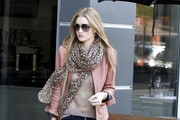 Look of the Day: Rosie Huntington-Whiteley's Fierce Street Style