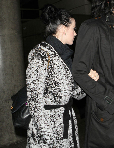 More Pics of Katy Perry Sheepskin Boots (6 of 14) - Boots Lookbook - StyleBistro []