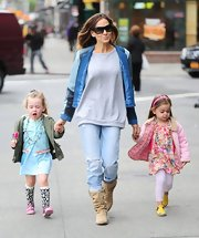 Sarah Jessica Parker chose these light-wash blue jeans for her casual look while out with her daughters.