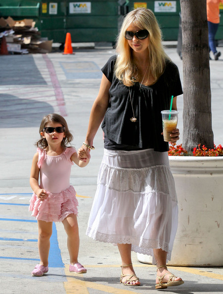 Sarah Michelle Gellar Clothes
