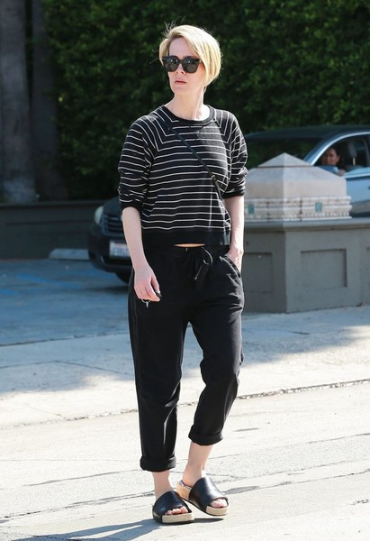 Sarah Paulson Slide Sandals Are The Summer Footwear Trend We Can't Get Enough Of