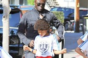 Seal and Henry Samuel Photo