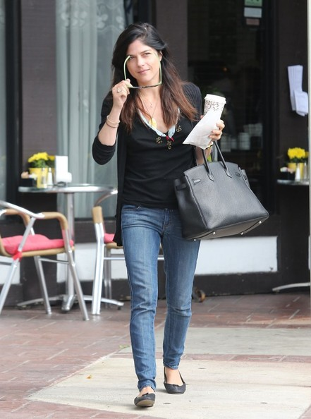 More Pics of Selma Blair Skinny Jeans (7 of 15) - Jeans Lookbook -  StyleBistro 97814a974f46a
