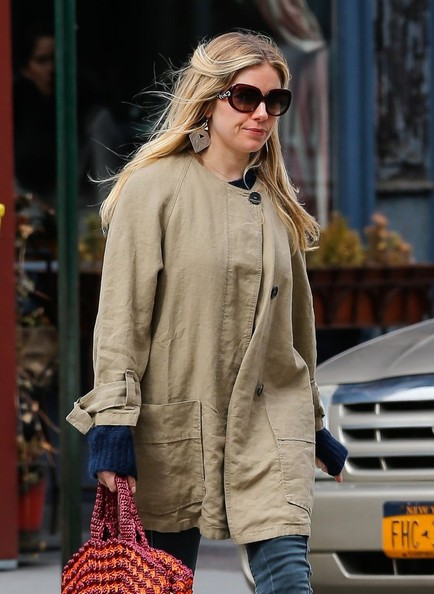 More Pics of Sienna Miller Skinny Jeans (4 of 8) - Sienna Miller Lookbook - StyleBistro