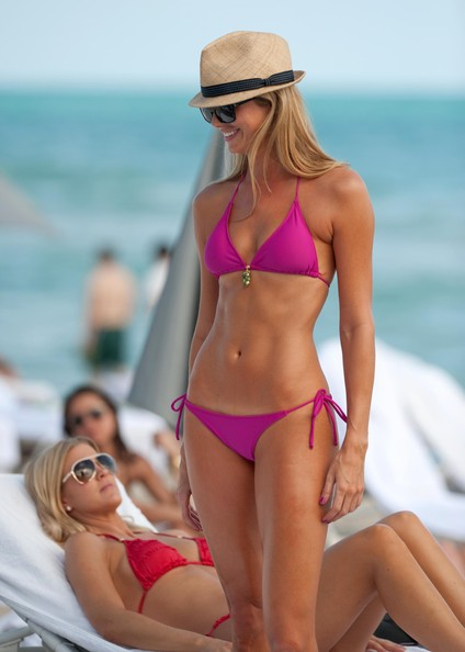 Stacy+Keibler in Stacy Keibler Showing Off Her Bikini Body In Miami