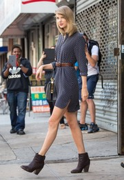Taylor Swift looks picture perfect even when leaving the gym!