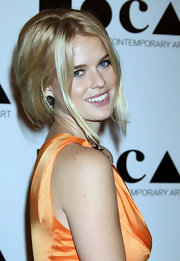 Alice Eve wore a pair of Swarovski crystal fan earrings with pyrite centers at the 2011 MOCA Gala.
