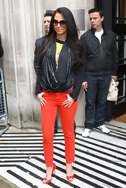 Tulisa Contostavlos visited BBC Studios with perfectly matched red trousers and peep toes pumps.