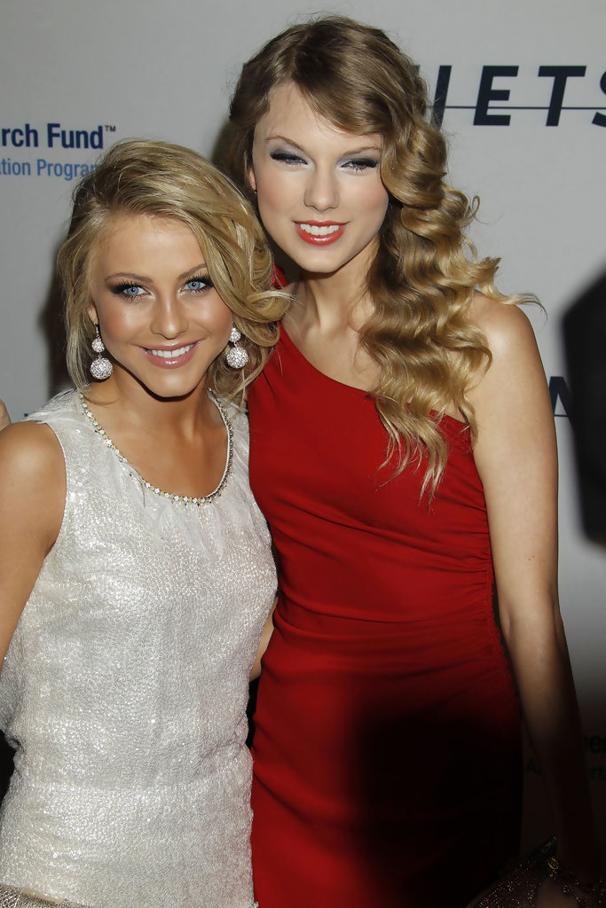 more pics of julianne hough pinned up ringlets 13 of 15