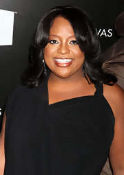 Sherri Shepard wore a shimmering shade of metallic gold lipstick at VH1 Divas Celebrates Soul.