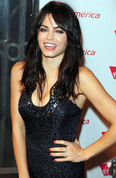 More Pics of Jenna Dewan-Tatum Long Curls with Bangs (1 of 5) - Jenna Dewan-Tatum Lookbook - StyleBistro