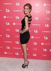 Virginia showed off a sultry back on her LBD for the Us Weekly Hot Hollywood party.