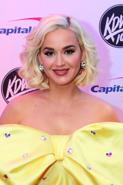 Katy Perry looked darling with her curly bob at 101.3 KDWB's Jingle Ball 2019.