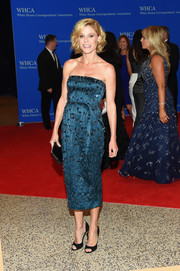 Julie Bowen opted for a beaded strapless midi dress by Jenny Packham when she attended the White House Correspondents' Association Dinner.