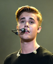 Justin Bieber sported a neat side-parted hairstyle while performing at 102.7 KIIS FM's Wango Tango 2015.