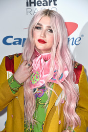 Kesha rocked long bubblegum-pink waves during 102.7 KIIS FM's Jingle Ball 2017.